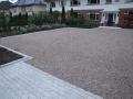 2-driveway-gravel-pebble-cobbles-cobble-edging-apron-planting-landscapers-box-hedging-trees-garden-landscaping-landscape-gardener-landscaping-company-contemporary-modern-garden-surrey-after 2