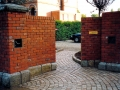 13-brick-wall-granite-setts-capping-cobbles-path-way-pathway-garden-apron-landscapers-driveway-entrance-south-london