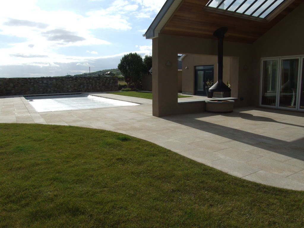 12-patio-paving-granite-natural-stone-wall-feature-garden-swimmingpool-landscaping-company-landscape-gardener-outdoor-fireplace-design-kent