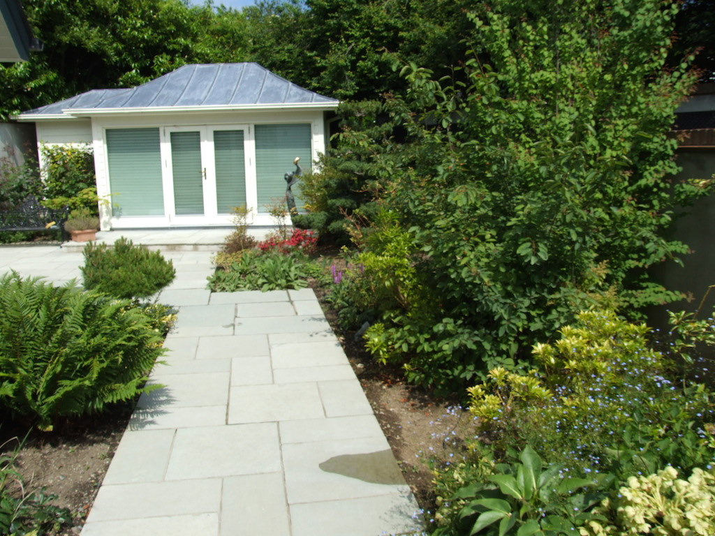summer-house-landscaper-landscaping-company-landscape-gardener-paving-patio-pathway-natural-stone-paving-indian-sandstone-planting-garden-colour-design-east-sussex