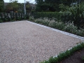 driveway-gravel-pebble-cobble-edging-cobbles-landscapers-setts-granite-hedging-trees-planting-garden-landscaping-landscape-gardener-landscaping-company-surrey-contemporary-garden