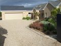 driveway-gravel-pebble-cobbles-cobble-edging-landscapers-granite-setts-planting-trees-pebble-pathway-beach-stone-garden-landscaping-landscape-gardener-landscaping-company-hedging-kent
