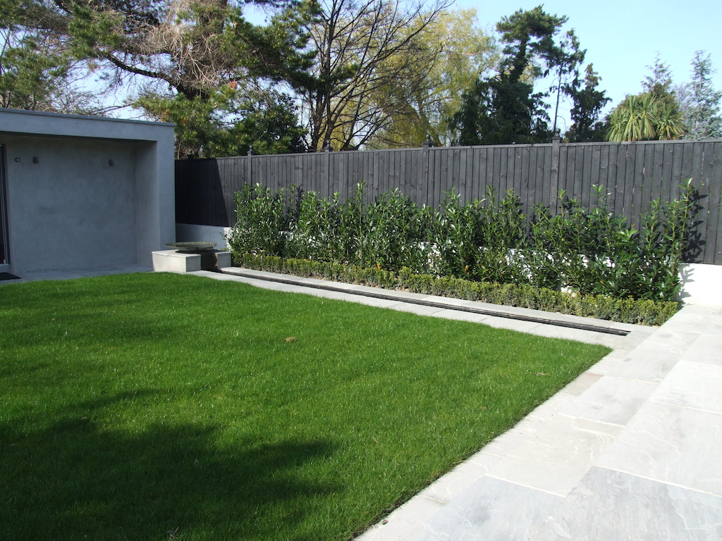 Garden design ideas photo gallery serenity landscaping kent for Garden fence features